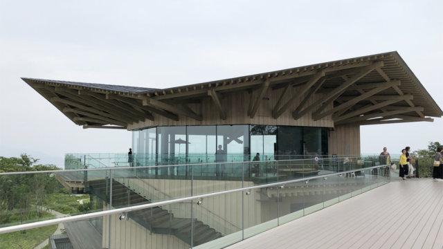 回廊から見る日本平夢テラス